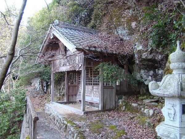 2013-03・07 岩谷山石龕寺 (5).JPG